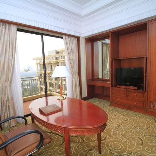 Presidential Suite working Room