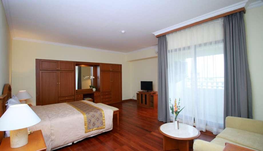 Master Bedroom 3 Bedroom